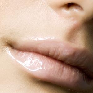 Увеличение красной каймы губ